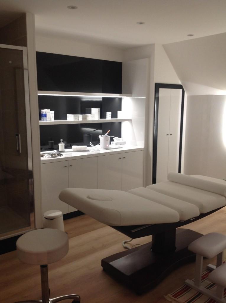 Salon De Coiffure Nancy DESSANGE