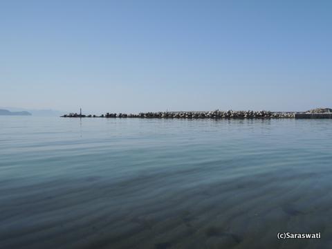 穏やかな塩谷の海