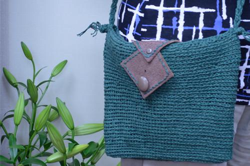 生徒作品、細編みの横掛けバッグ