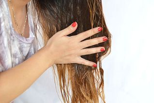 benefits-of-olive-oil-for-healthy-hair