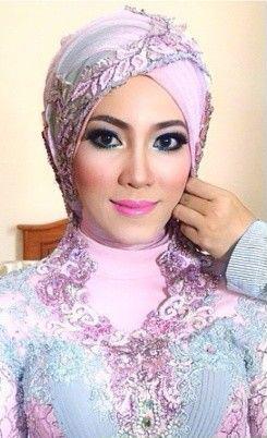 make-up-hijab-murah-jakarta-tangerang-kalibata-rawamangun-cipinang-tebet-pasarminggu-jatinegara-tangerang-bekasi-harapan-indah-pondok-indah-radio-dalam-ragunan-cinere