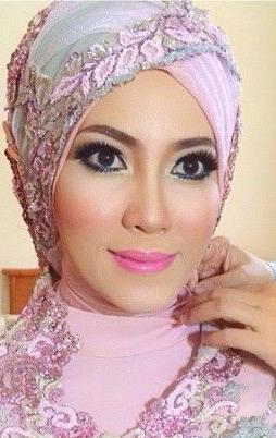 make-up-hijab-murah-jakarta-tangerang-kalibata-rawamangun-cipinang-tebet-pasarminggu-jatinegara-tangerang-bekasi-harapan-indah-pondok-indah-radio-dalam-ragunan