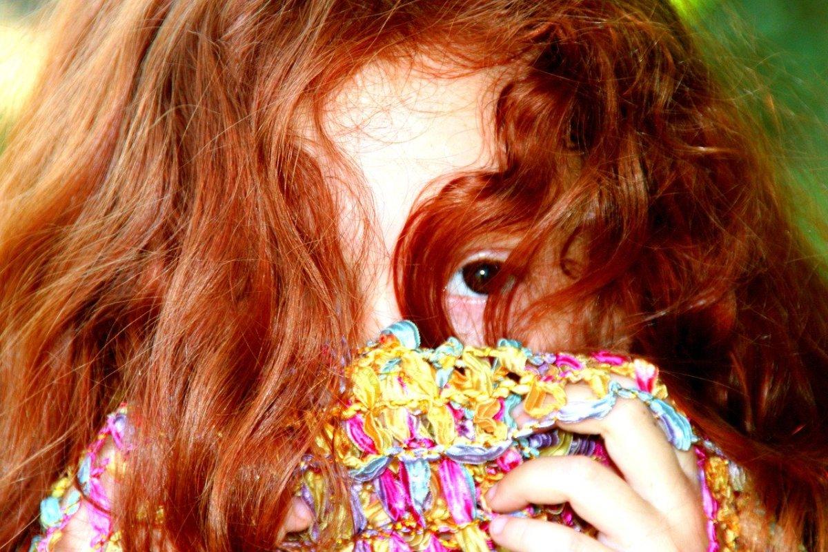 Haare blaue augen färben rote blaue augen