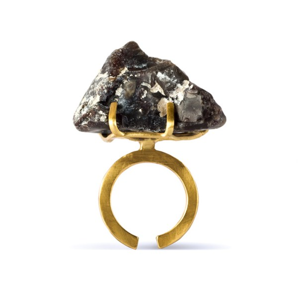 Handmade Organic Jewellery Handcrafted Ring Eisa Rock by Saloukee Front View