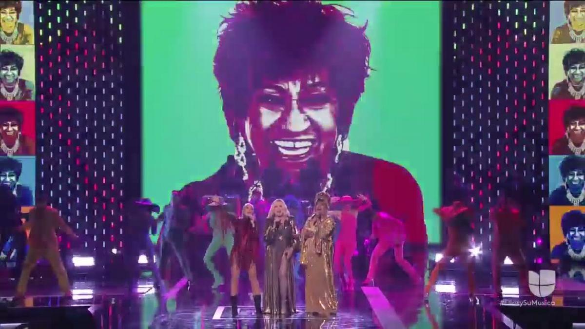 La-India-Ednita-Nazario- y-Yuri-rinden-homenaje-a-Celia-Cruz-en-evento-de-Latin-Grammy-para-la-mujer