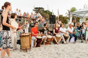 18.07.2014 Salsa am Strand in Scharbeutz - Drumming with Friends
