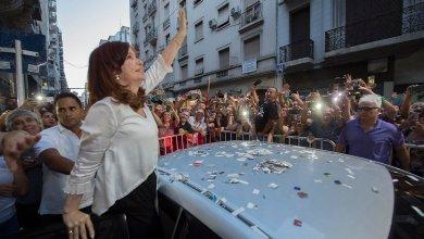 Photo of Parrilli no descartó la posibilidad de diálogo entre Cristina y Macri