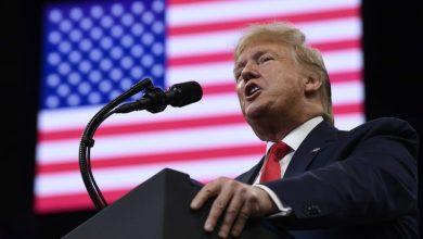 Photo of Trump insiste en revelar nombre del denunciante que desató el juicio político