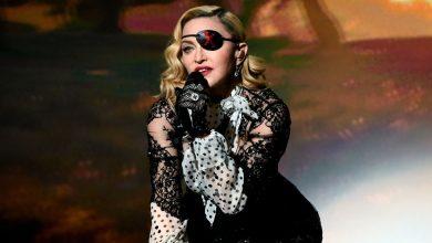 "Photo of Madonna cancela el último show de su gira a casua de un ""dolor indescriptible"""