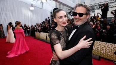 Photo of Así fue cómo Joaquin Phoenix y Rooney Mara festejaron su triunfo en los premios Oscar 2020