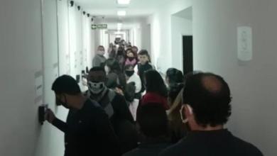 Photo of Aglomeración de empleados municipales de Salta: ¿Se cumple un protocolo?