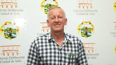 Photo of Ex concejal que vive de «changuitas» admitió que cobra el IFE porque aún espera lo prometido por Nación
