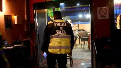 Photo of Clausuraron dos locales gastronómicos en Salta por violaciones a la cuarentena