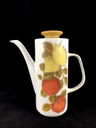 vintage coffee pot by J&G Meakin