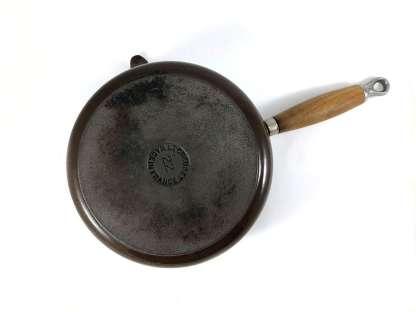 22cm Le Creuset cast iron saucepan