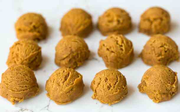 Small balls of gingersnap cookie dough.
