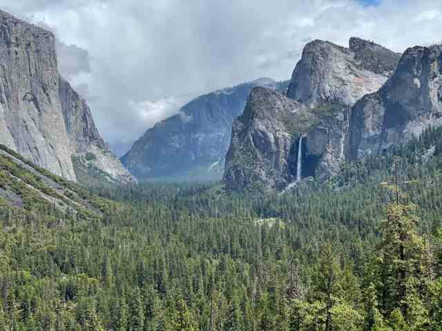 yosemite valley tunnel view is a must do while staying at curry village in yosemite