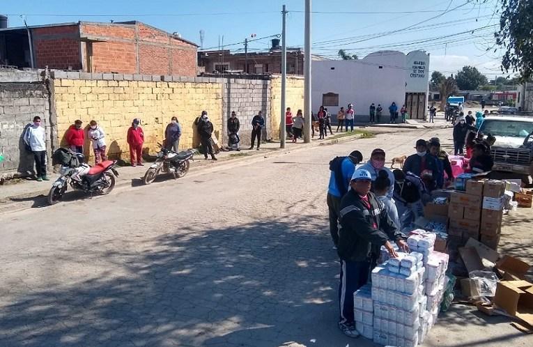 Movimiento de Trabajadores asiste con alimentos a vecinos