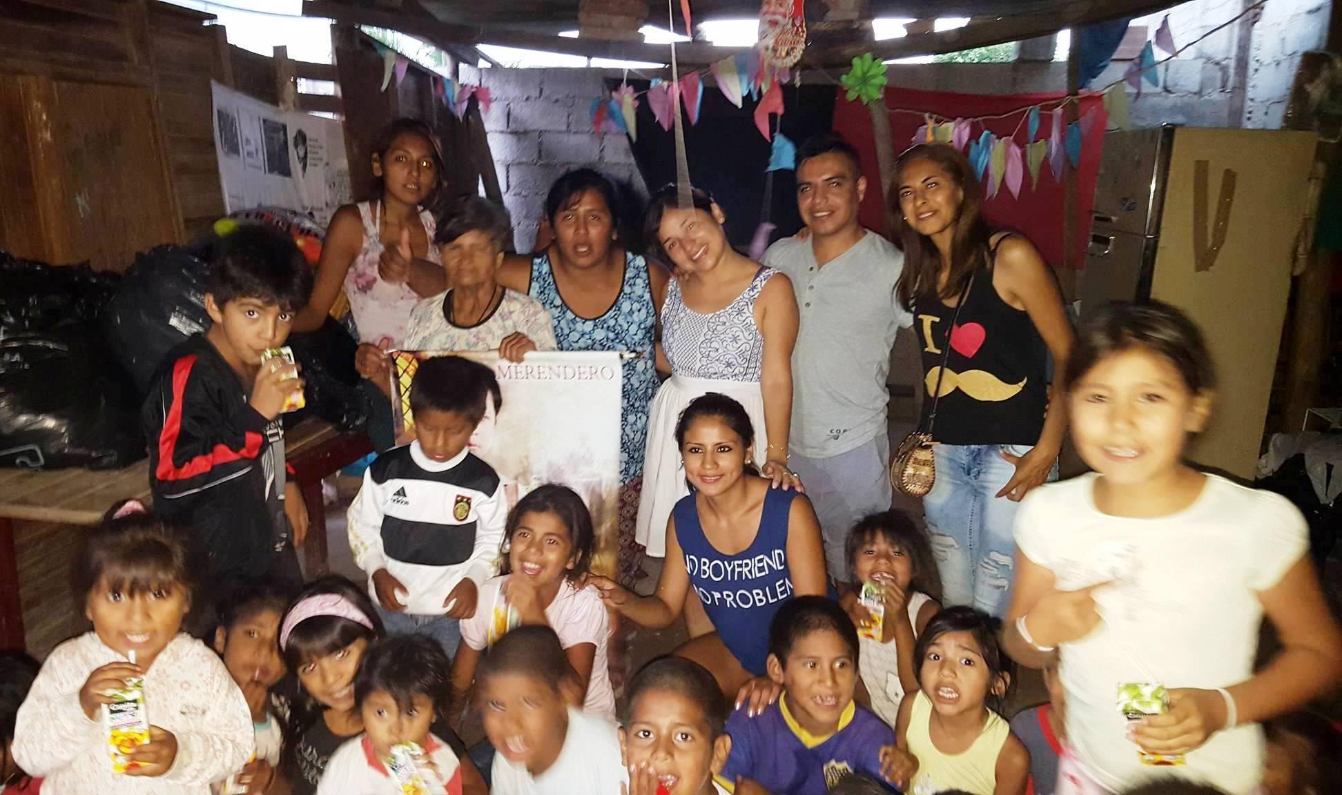 """Fundación Caritas Felices compartió una tarde especial con los niños del Merendero """"Marcelino Pan y Vino"""""""