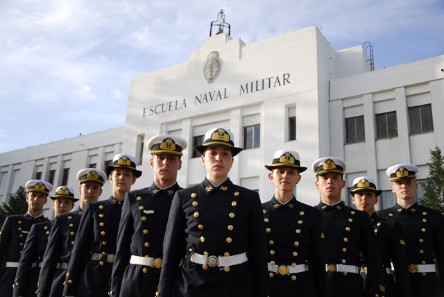 EDUCACIÓN Está abierta la inscripción para el ingreso a la Escuela Naval Militar
