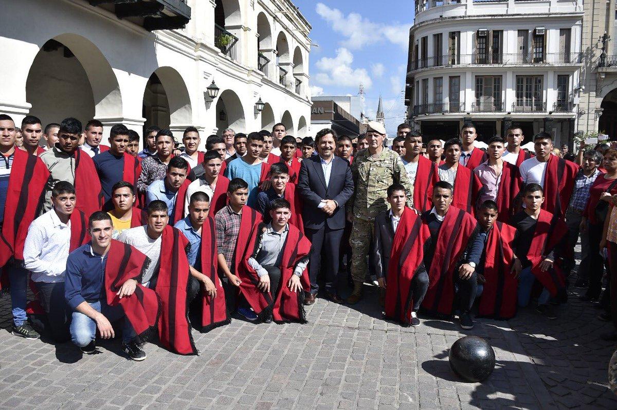 Un total de 100 jóvenes salteños aspirantes a Granaderos a Caballo