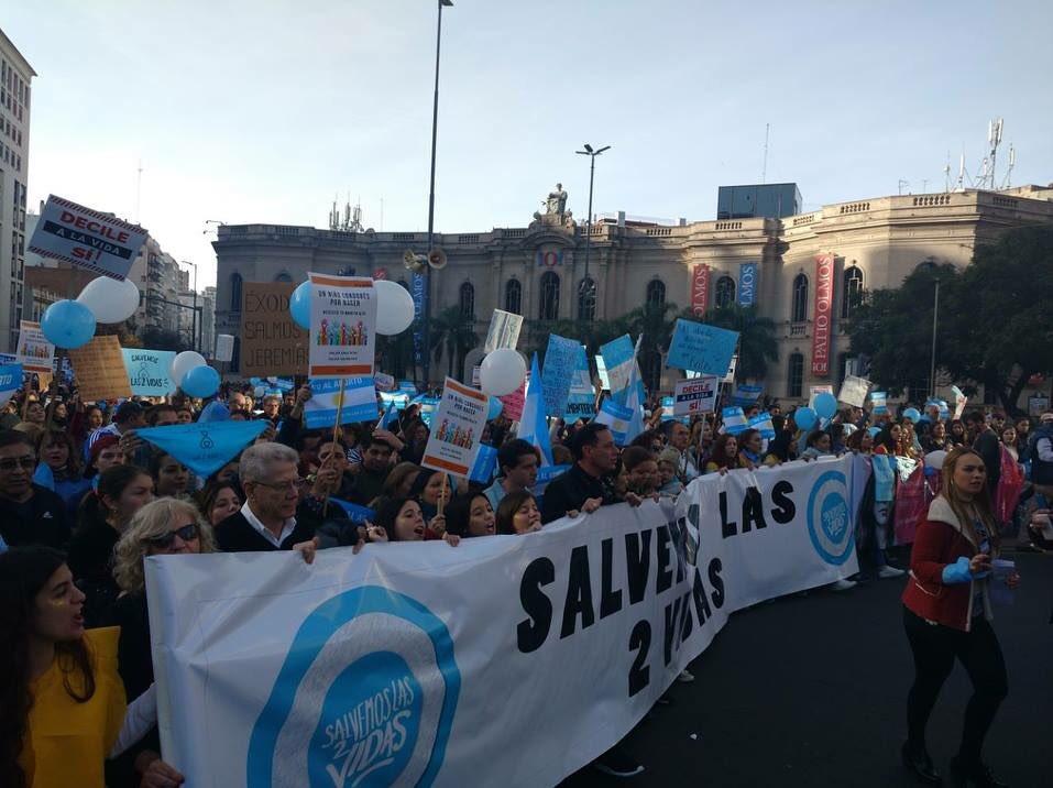 En todas las provincias de Argentina se movilizaron para reafirmar el no apoyo a legalización del aborto