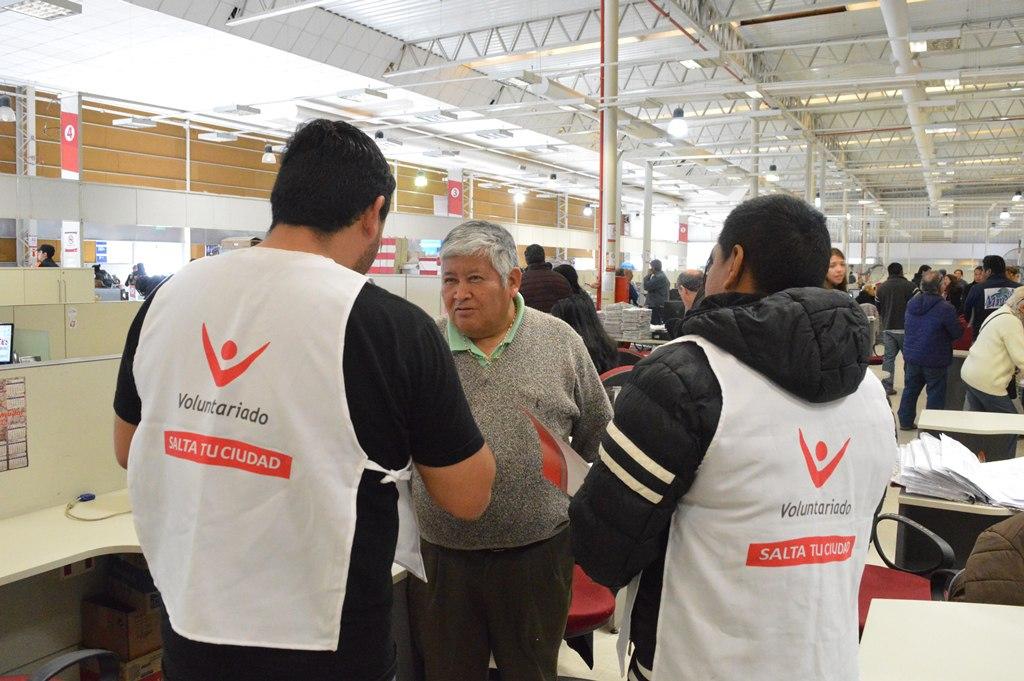 Voluntarios de la Municipalidad buscan captar donantes de sangre