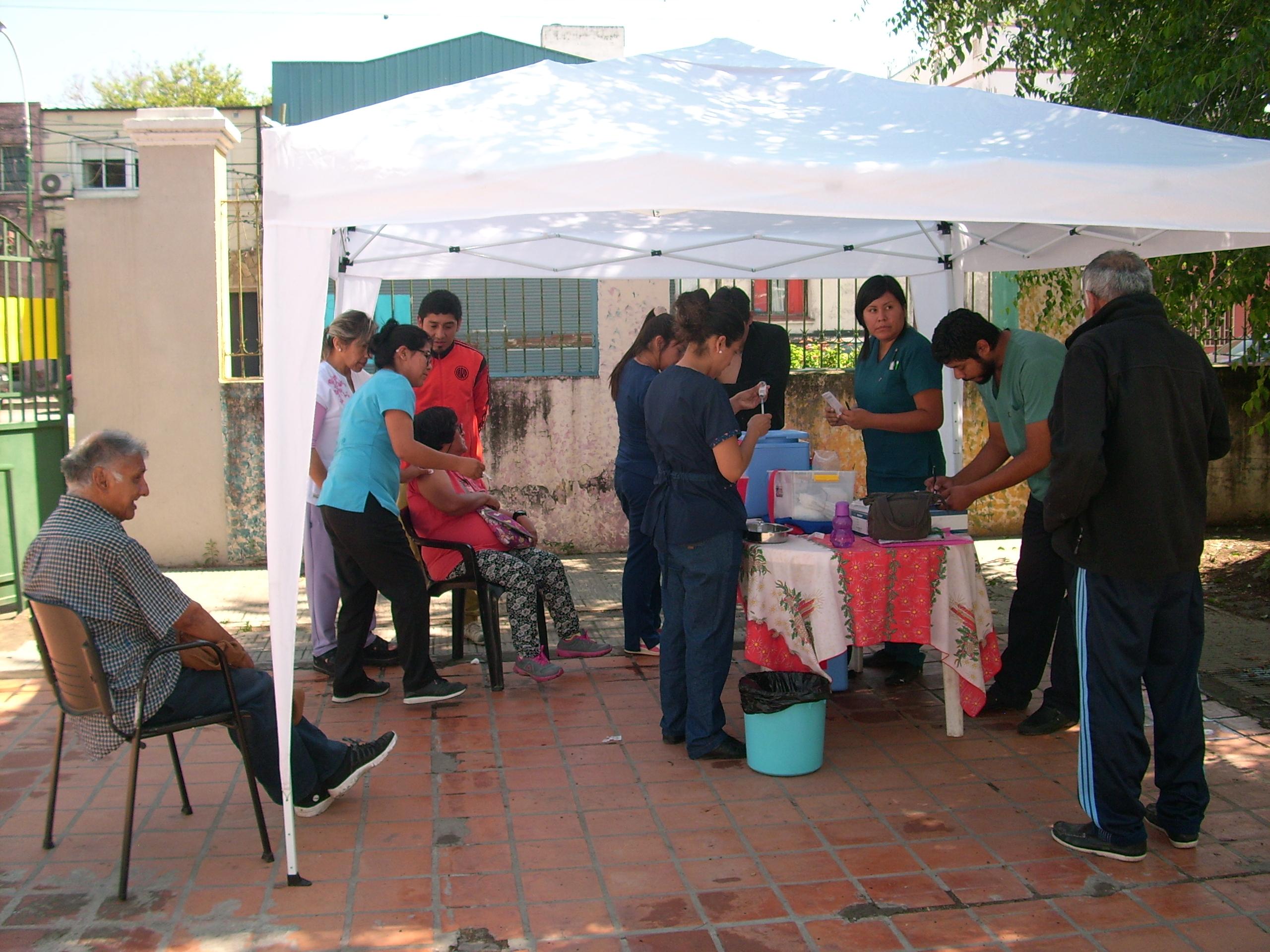 Se realizó una campaña de vacunación en el centro de inclusión Marq'ay