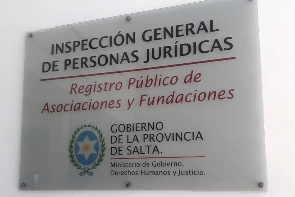 Personas Jurídicas atiende al público con turnos previos y guardia mínima