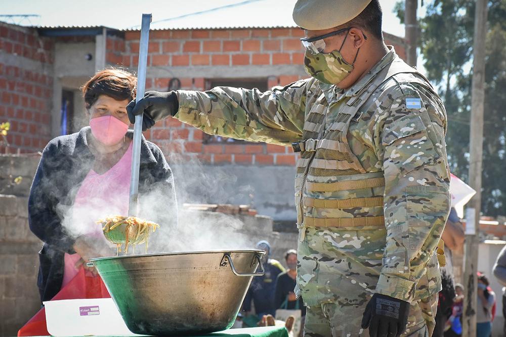 El  Ejército Argentino coordinaron una nueva jornada de asistencia alimentaria