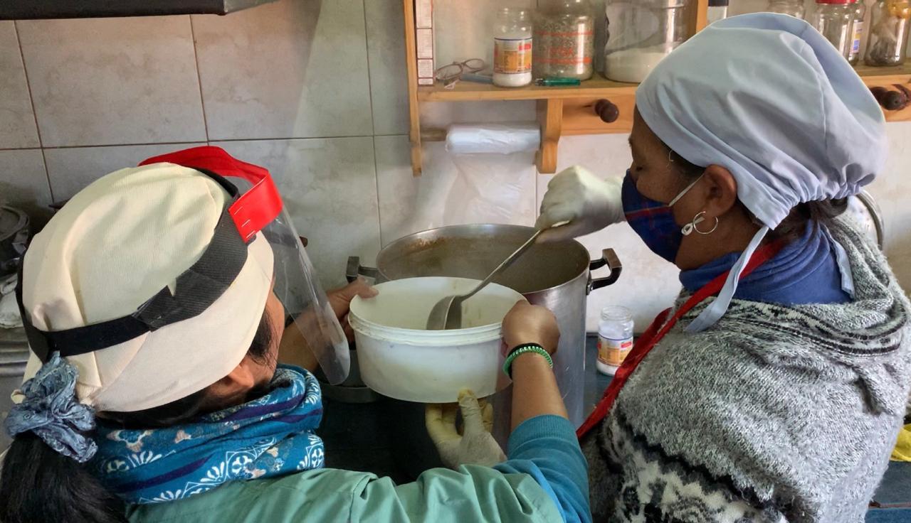 Plan Unidos: La iglesia Casa de Dios prepara más de 300 raciones de comida