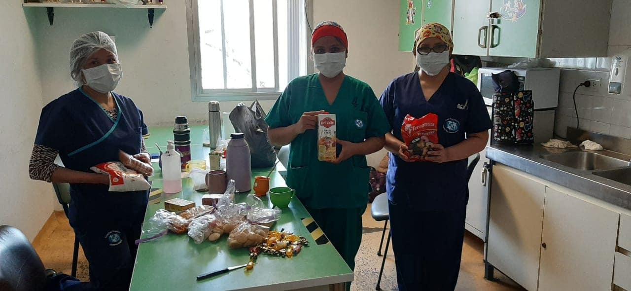 """Voluntarios del grupo """"Entramando amor"""" solicita colaboración de la comunidad para el personal de salud"""