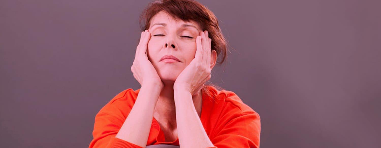 Charla virtual del hospital Señor del Milagro sobre la menopausia y sus efectos