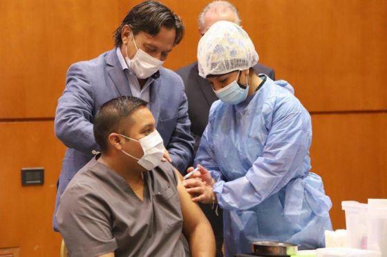 Comenzó el operativo de vacunación contra el COVID-19 en Salta