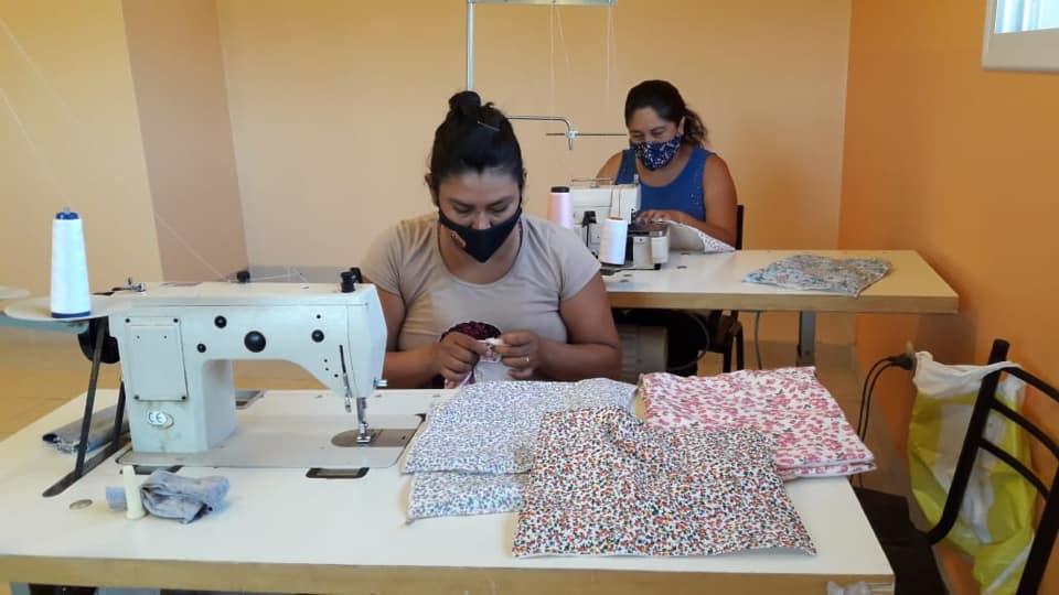 Brindan clases gratuitas de iniciación a la Costura