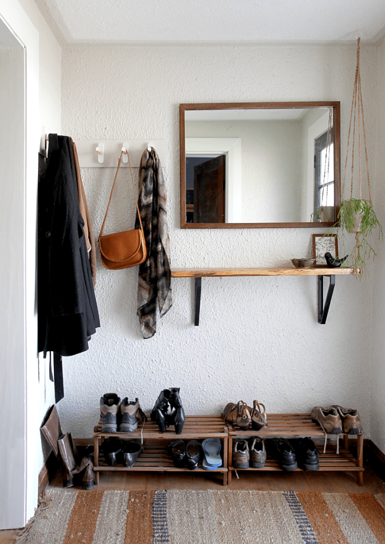 DIY Wooden Peg Coat Rack | Saltbush Avenue