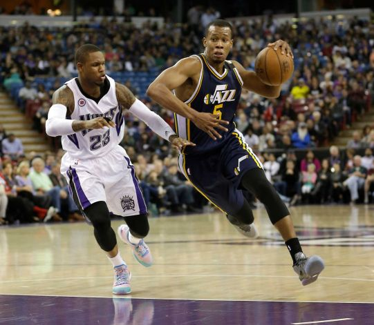 Rodney Hood put the Jazz on his shoulders Sunday, and has been very good since returning from injury. (Rich Pedroncelli, AP)