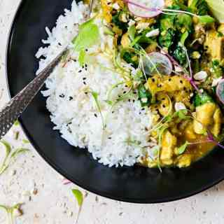 Simple Thai Yellow Curry| A simple Thai yellow curry situation that takes 30 minutes and no curry paste.