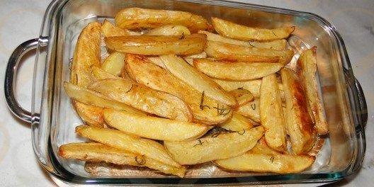 Batatas palitos ao forno com alecrim