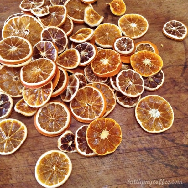 how to dehydrate fruit for garlands