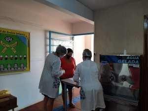 kit-7-300x225 Alunos recebem kit alimentação escolar