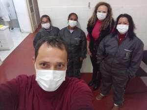 uniforme-4-300x225 Saúde compra uniformes para equipe do Hospital