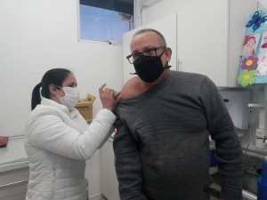 Industria-2-300x225 Nova etapa de vacinação contra Covid-19