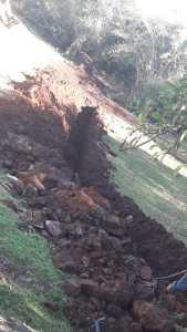 agua-julio-4-169x300 Rede de água para salão da comunidade Quilombola
