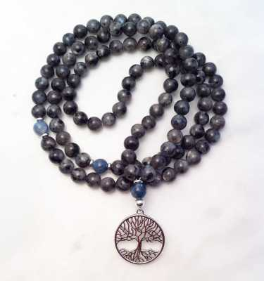 labradorite and kyanite mala necklace