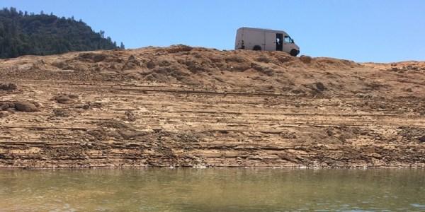 Sprinter van overlooking lake Shasta
