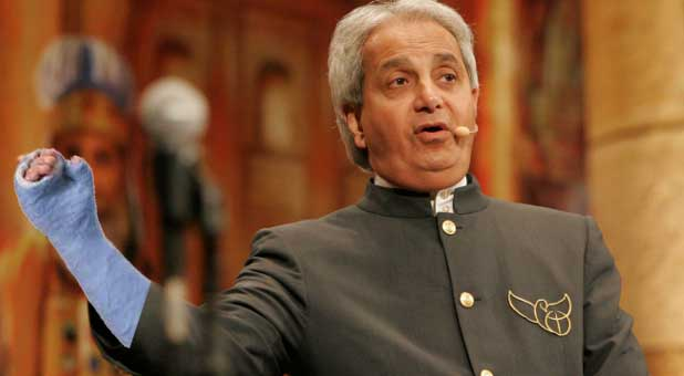 Benny Hinn Severs Tendon in Arm While Healing