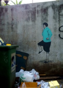 disgruntled lady graffiti tsong wat bangkok