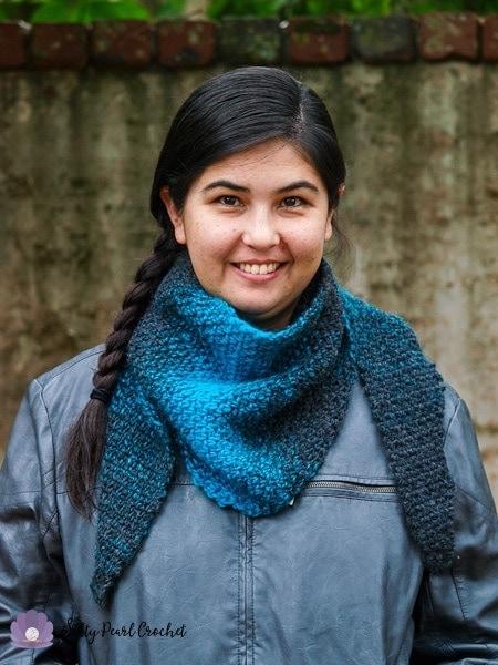 Ann's Spokane Shawlette- a free moss stitch crochet pattern made with Lion Brand Scarfie Yarn at SaltyPearlCrochet.com.