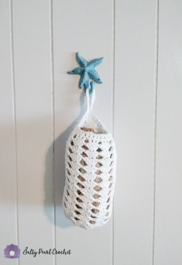 Stacked Shells Grocery Bag Sleeve - This pretty bag sleeve helps keep my pantry tidy!